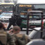 policia-abate-a-secuestrador-y-libera-a-rehenes-del-autobus-en-brasil-efe
